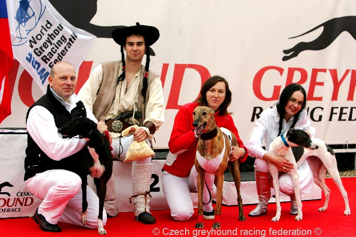 Greyhound_Schooling_Academy_Czech_Greyhound_Racing_Federation_NQ1M8703.JPG