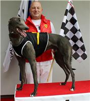 Winner_Gucci_Greyhound_Park_Motol_Prague.JPG