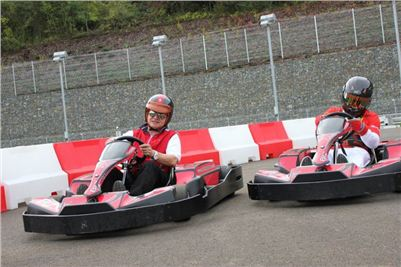 Electric_go-karts_Formula_Greyhound_Park_Motol_IMG_2880.JPG