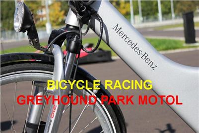 Bicycle_Asphalt_Race_Track_Greyhound_Park_Motol_IMG_3159.JPG