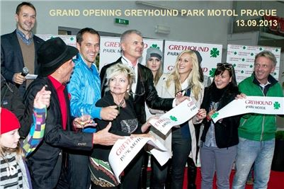 4. Grand_Opening_Greyhound_Park_Prague_0596_u_r.jpg